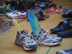 Schuhe mit Einlagen